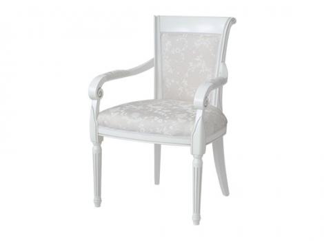 белое кресло с серебряной патиной