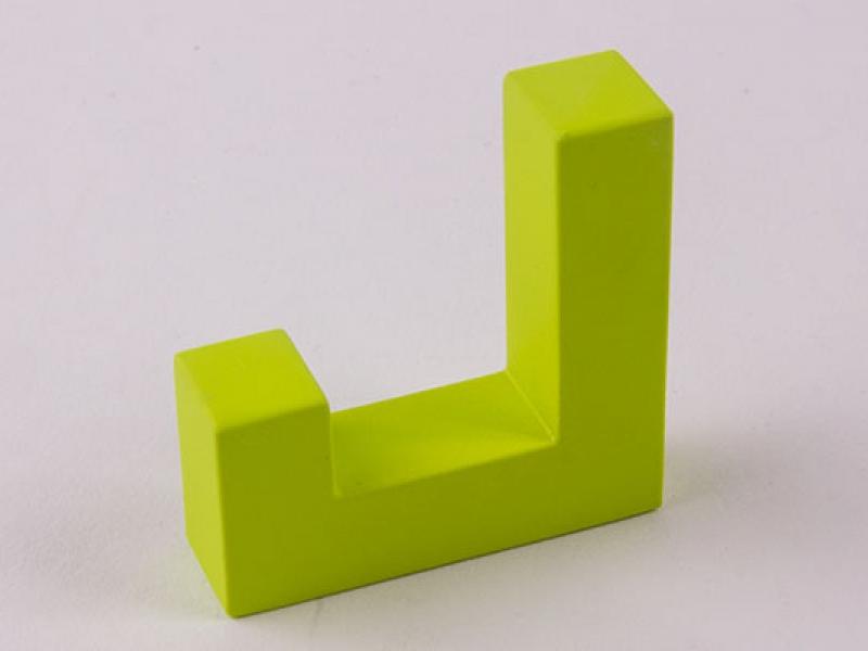 Крючок для одежды зеленый