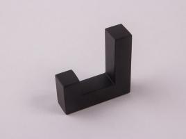 Крючок для одежды черный