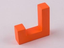 Крючок для одежды оранжевый