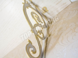 Кронштейн для полки (280х220) белый патина золото