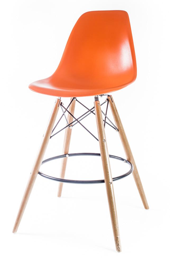 оранжевый барный дизайнерский стул Eames DSW