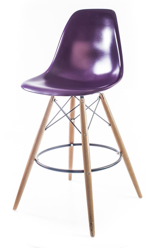 пурпурный барный дизайнерский стул Eames DSW