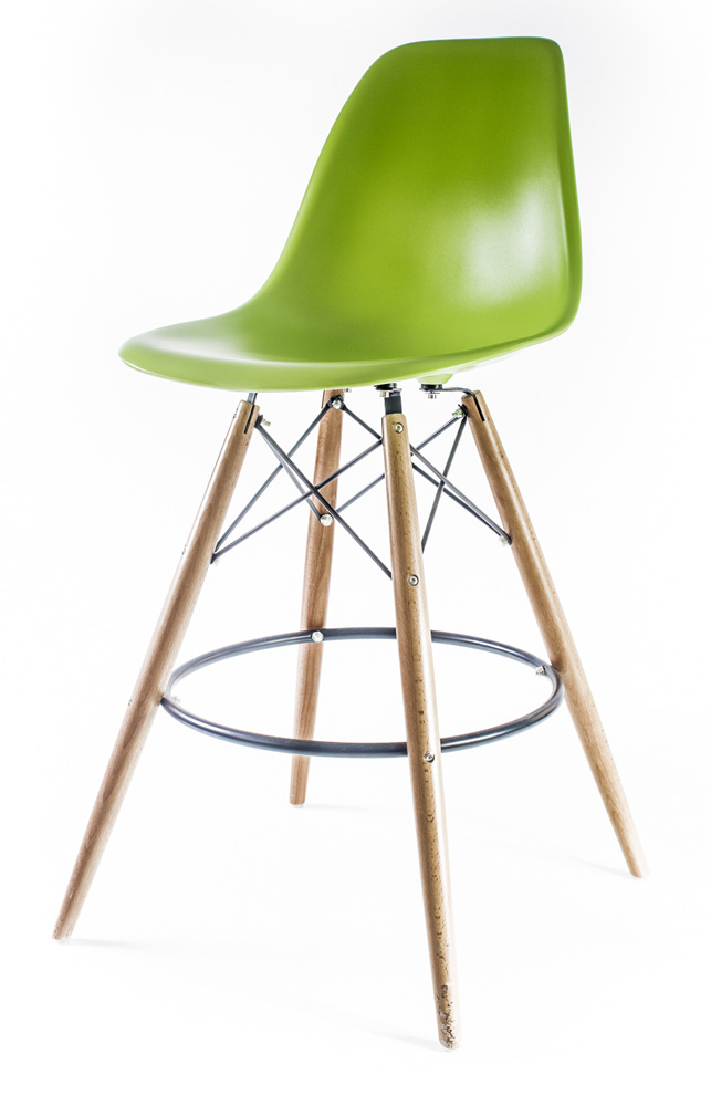 светло-зелёный барный дизайнерский стул Eames DSW