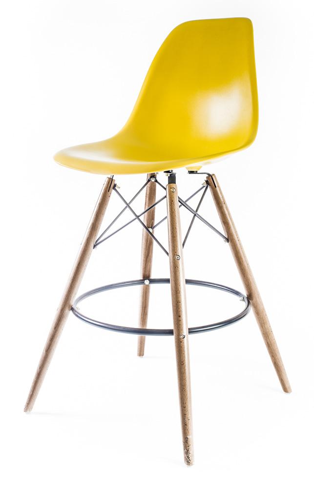 жёлтый барный дизайнерский стул Eames DSW