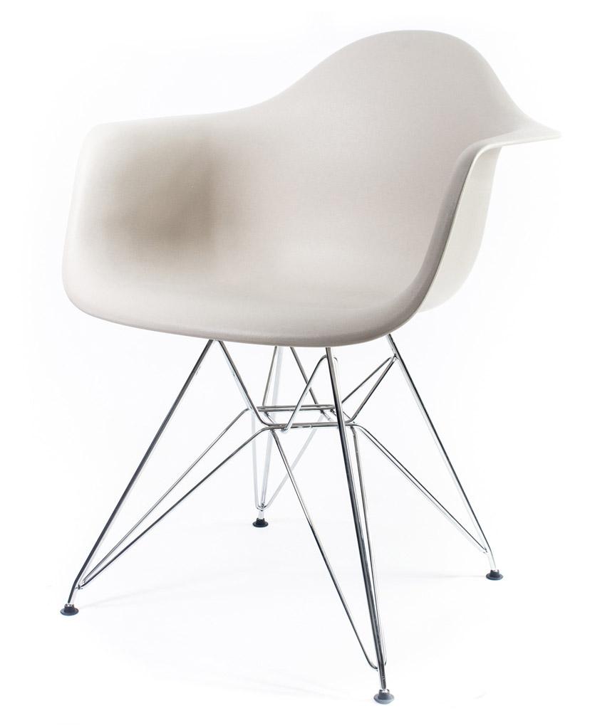 бежевый дизайнерский стул Eames DAR