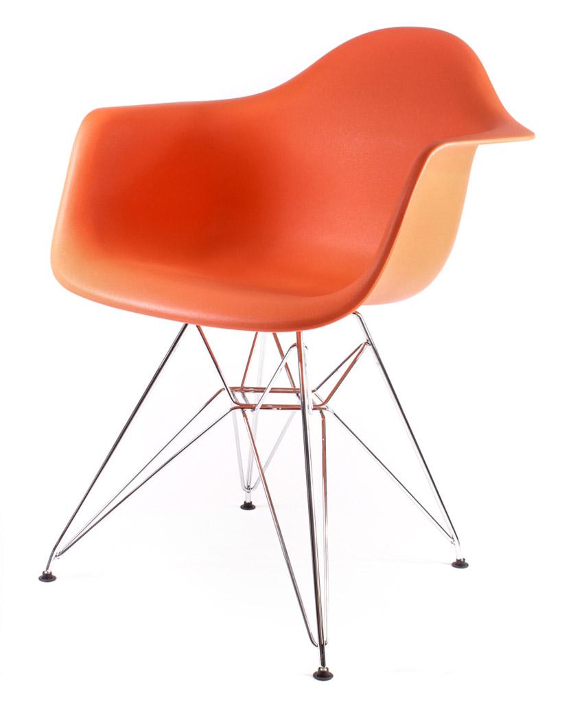 оранжевый дизайнерский стул Eames DAR