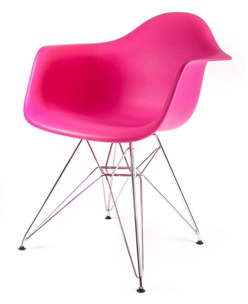 розовый дизайнерский стул Eames DAR