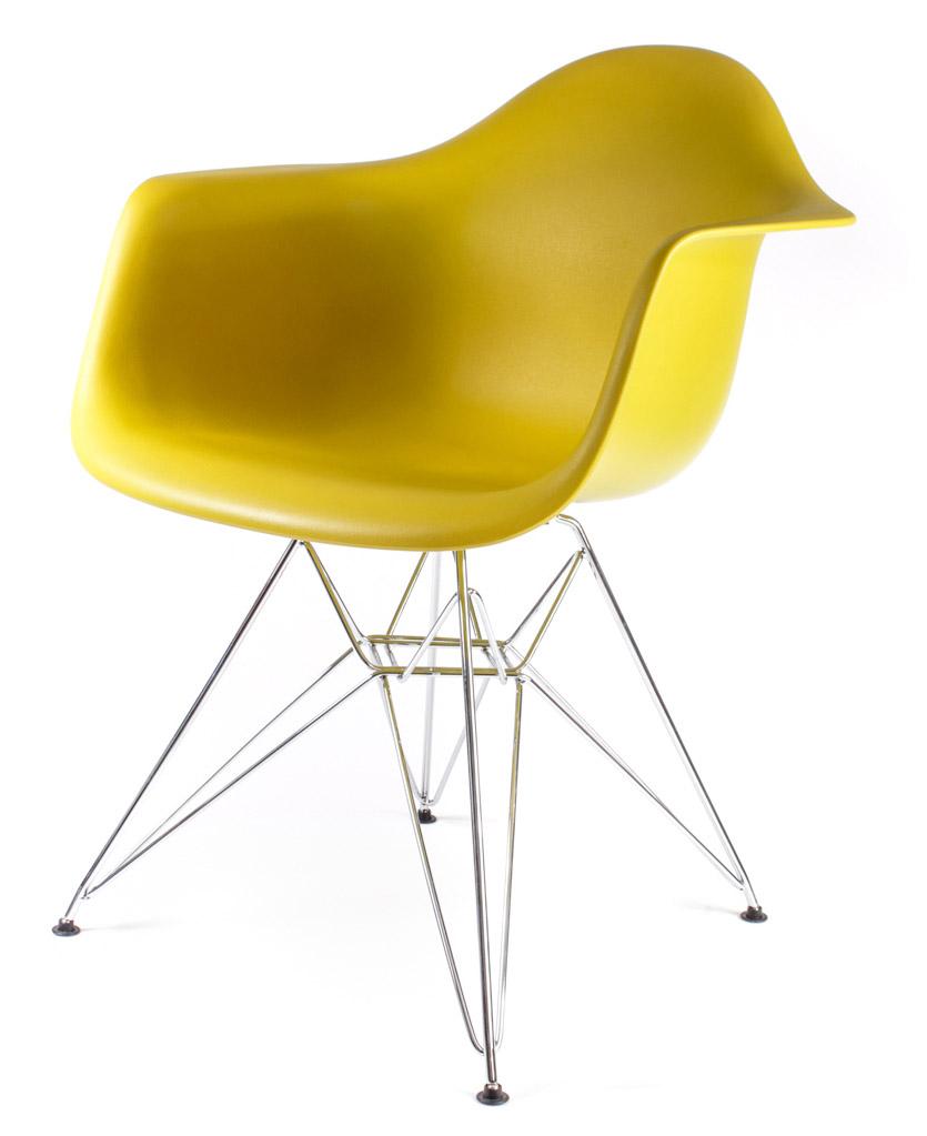 жёлто-оливковый дизайнерский стул Eames DAR
