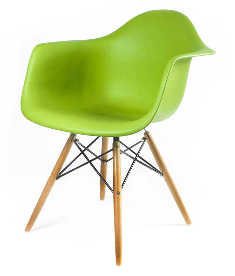 зелёный дизайнерский стул Eames DAW