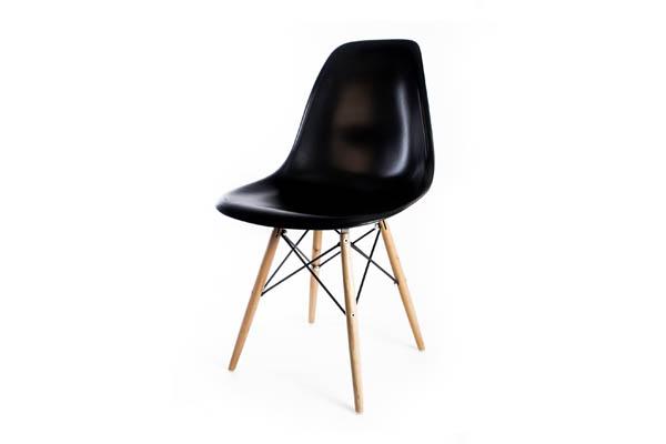 стул Eames DSW черный