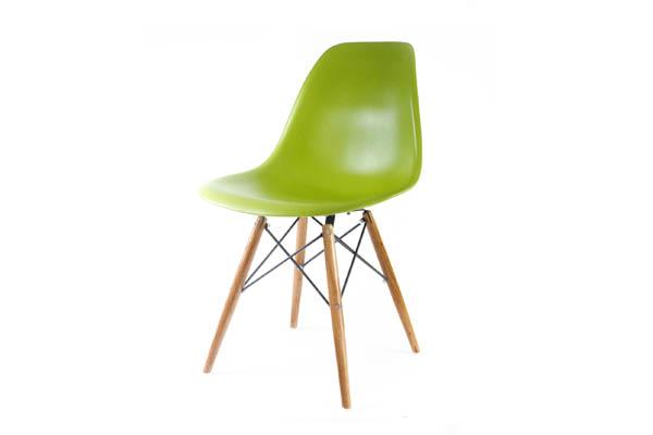 стул Eames DSW светло-зеленый